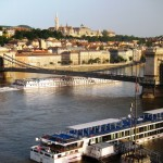 Budapest Chain Bridge overview, high water!